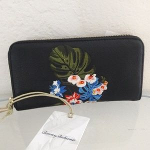 NWT TOMMY BAHAMA LEATHER ZIP AROUND WALLET CASE